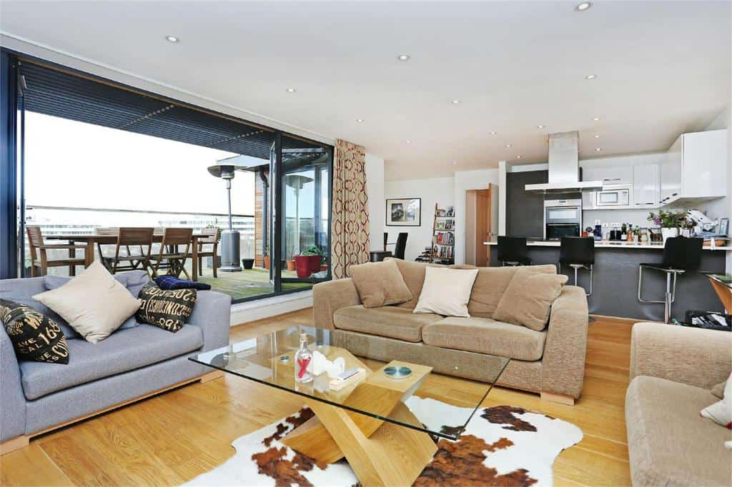 Chiswick high road gunnersbury chiswick london horton - The penthouse apartment in kiev when nature meets modern ...