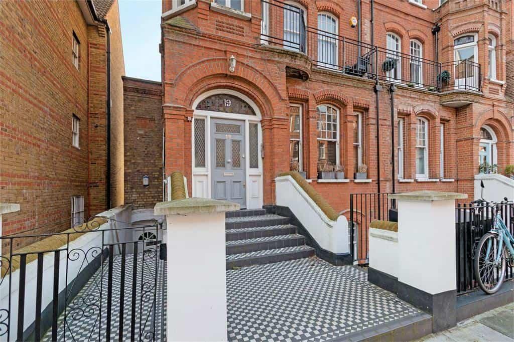 Mornington Avenue, West Kensington, London, W14